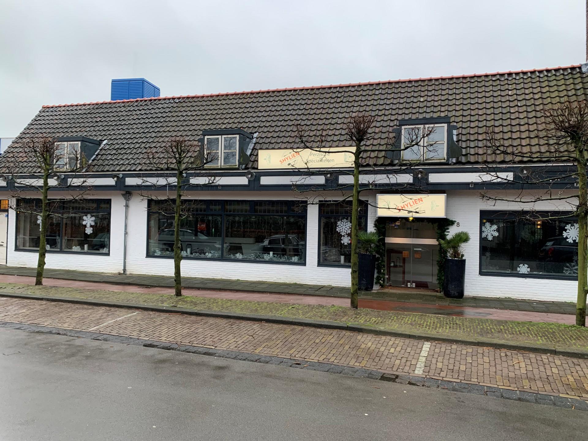 Compleet ingericht restaurant in Leidschendam