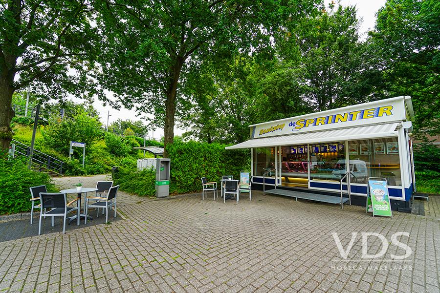 Snackbar bij tramstation in Voorburg