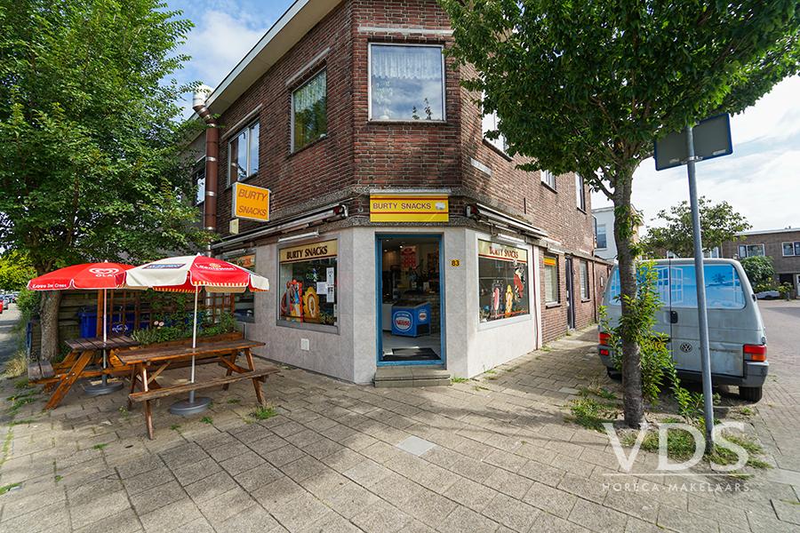 Gezellige snackbar in Houtwijk